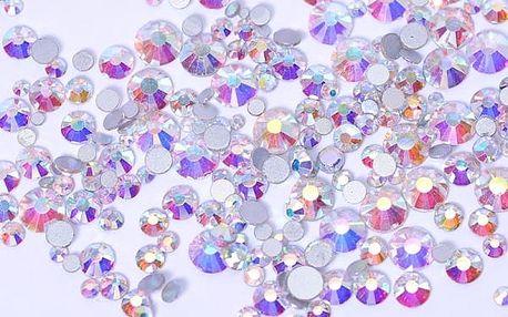 Dekorativní kamínky v podobě diamantů - 800 ks - více barev