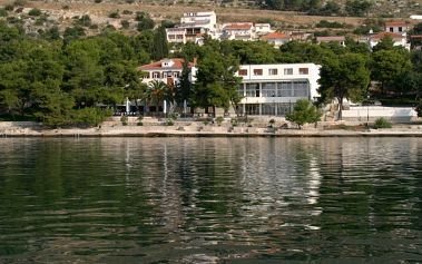 Chorvatsko - Trogir na 10 dní, polopenze s dopravou autobusem