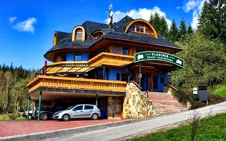 3–5denní velikonoční pobyt s polopenzí pro 2 v Krkonoších v hotelu Vladimír