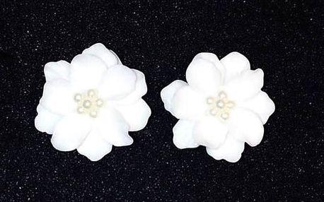 Dámské náušnice - bílé květiny