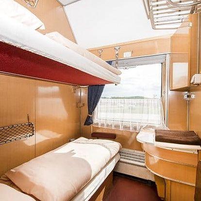 4denní pobyt s možností wellness v Orient Expressu u resortu Vigvam u Kolína pro 2