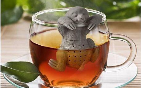 Čajové sítko v podobě lenochoda