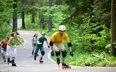 Německo, Bruslařský ráj FLAEMING SKATE 'cyklistika / in line brusle', BerlinBrandenburg, Německo, autobusem, polopenze