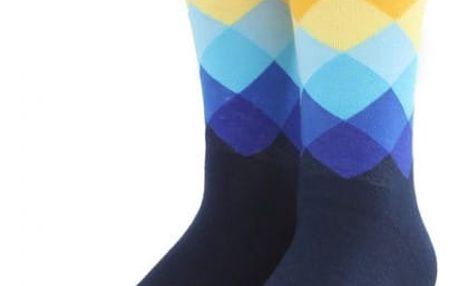 Kostkované ponožky v pestrých barvách