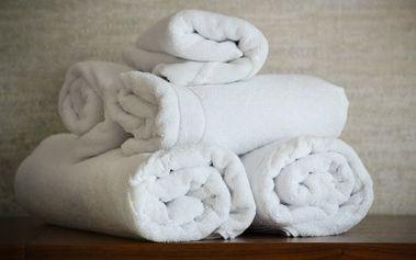 Bavlněný ručník nebo koupelnová sada