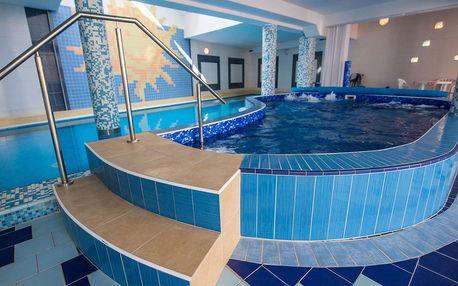"Hotel Vila Anna **** pro dva nebo ""babinec"" s neomezeným wellness, saunou a procedurami"
