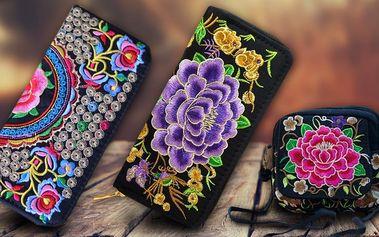 Vyšívané látkové kabelky nebo peněženky