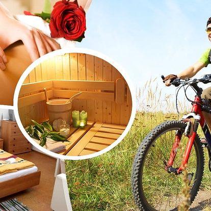 Pobyt pro dva s polopenzí v Chalupě Sofie, privátní vířivka, finská nebo infra sauna na 3 až 8 dní.