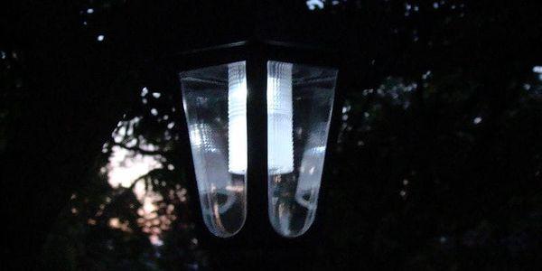 Garthen 300 Zahradní solární LED lucerna5