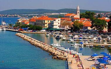 Chorvatsko, Biograd v TOP sezóně: 8 dní s polopenzí pro 1 osobu v mobilhome + možnost busu