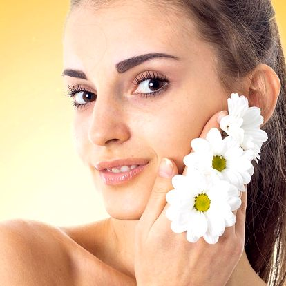 Ošetření obličeje pomocí fotoomlazení