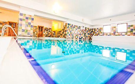Maďarsko s polopenzí, bazénem a wellness