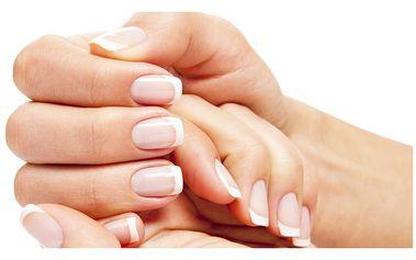 Úprava nehtů - Aplikace gelových či akrylových nehtů