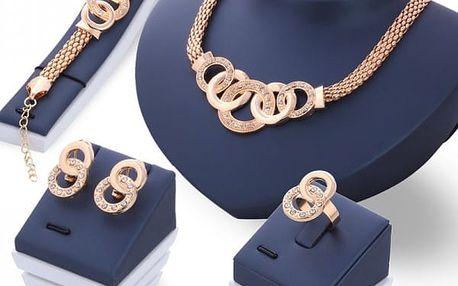 Set šperků luxusního vzhledu ve zlaté barvě