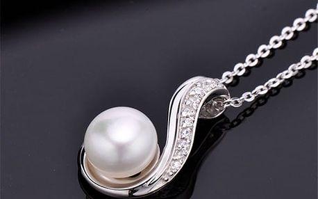 Dámský minimalistický přívěsek v podobě perly