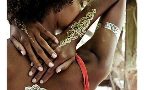 Dočasné letní tetování s ornamenty ve zlaté barvě