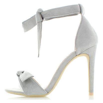 Světle šedé sandály Romance