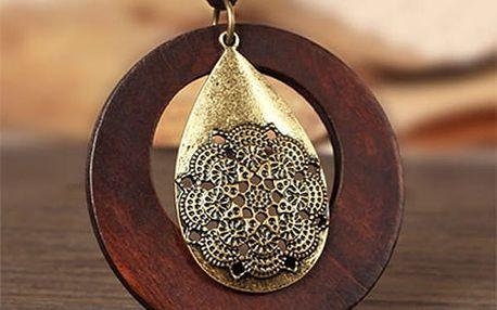 Dlouhý náhrdelník s přírodními materiály