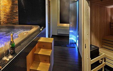Soukromé spa pro 2 osoby: sauna, vířivka a sekt