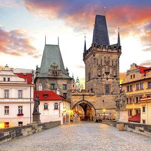 Odpočinek v Praze v 3* hotelu s neomezeným vstupem do bazénu a balíčkem slev