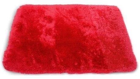Sametově hebký koberec do koupelny červený