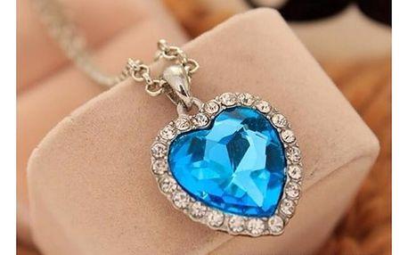 Náhrdelník s přívěškem srdce se zirkony - světle modrá - dodání do 2 dnů