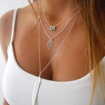 Vícevrstvý vintage náhrdelník s peříčky