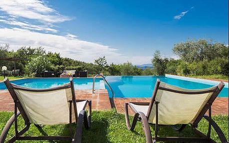 Pobyt v pro dva v Toskánsku v romantickém prostředí s bazénem.
