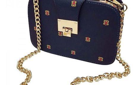 Malá trendy kabelka na řetízku