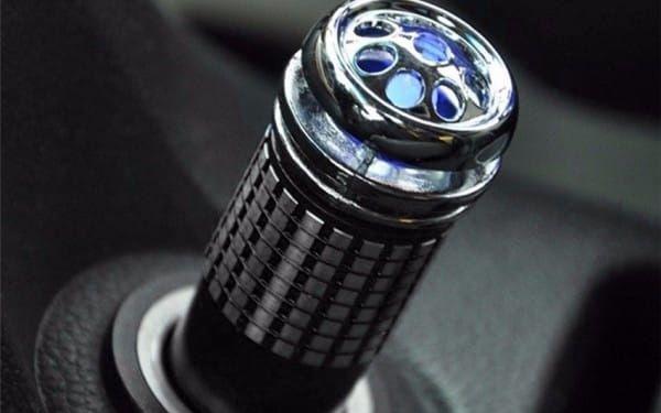 Ionizátor do auta - mix barev - dodání do 2 dnů