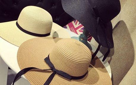 Plážový dámský klobouk