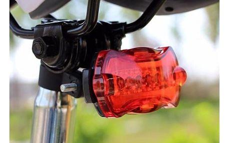 Červená blikačka na kolo