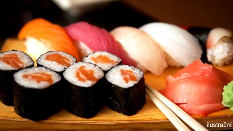 Sushi set s wasabi i zázvorem k vyzvednutí