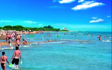 Celodenní koupání na slunné pláži Bibione. Skvělý výlet s odjezdy z ČR i z Bratislavy.