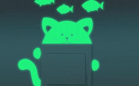Svítící samolepka k vypínači - kočka