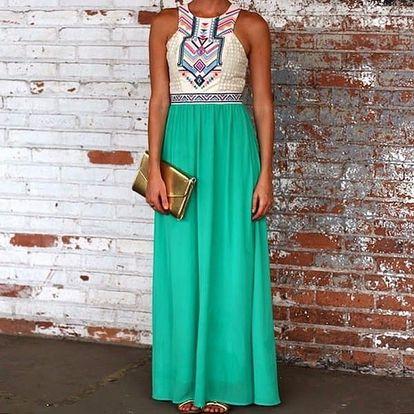 Dlouhé šaty s geometrickým vzorem na prsou