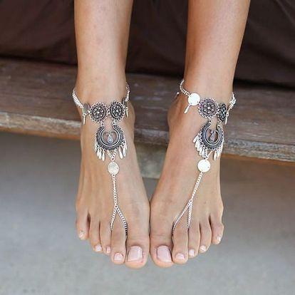 Náramek na nohu na léto - stříbrná barva