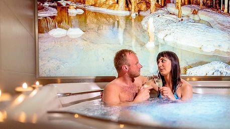 Romantický pobyt v Moravském krasu na 3 dny s polopenzí + vstupenky