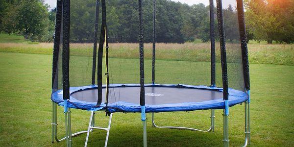 Trampolína 400 cm s ochrannou sítí + žebřík - 189x140