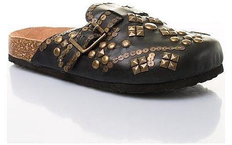 Dámské kožené pantofle s ozdobnými cvočky černé