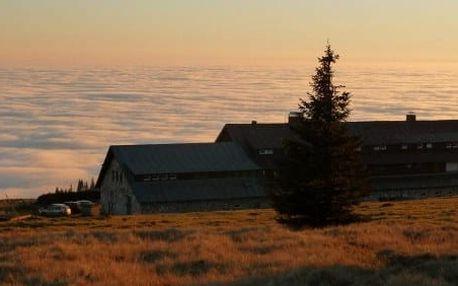Darujte jedinečný zážitek - přespání ve stanu na horské pláni v Krkonoších pro 2 osoby - léto 2017