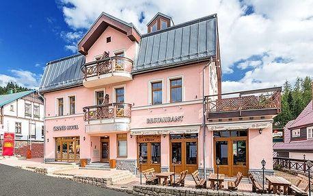 3denní pobyt se snídaněmi či polopenzí pro 2 v hotelu Grand ve Špindlerově Mlýně