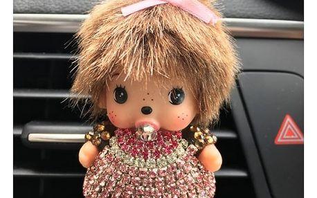 Panenka jako originální vůně do auta