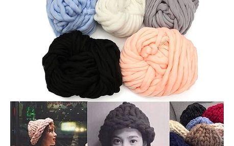 Klubko silného akrylového vlákna - 5 barev