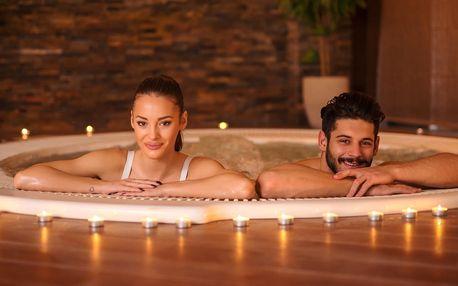 Romantické bublání: 50 minut v privátní vířivce