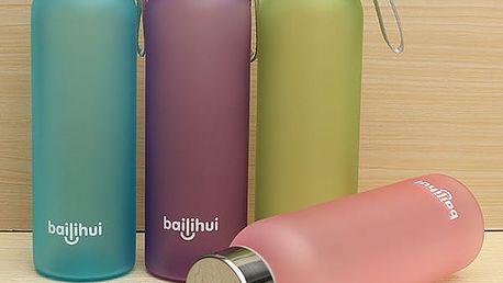 Praktická sportovní láhev na vodu - 600 ml