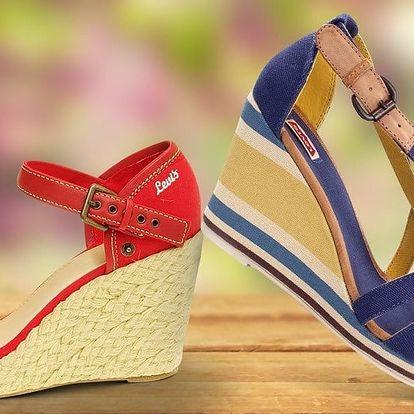 Dámské sandály na klínku od značky Levi's