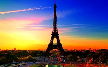 Poznejte slavné památky: letní den v Paříži