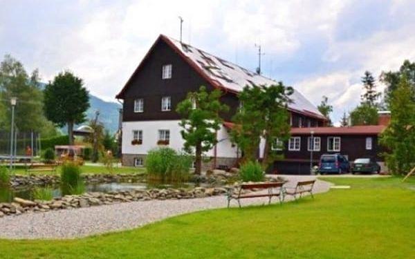 Pobyt v 3*Morávka Mountain Resortu se vstupem do bazénu, polopenze, venkovní koupaliště aj.