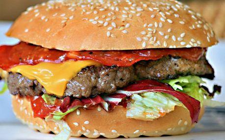Velké burgerové menu: hranolky, salát, nápoj